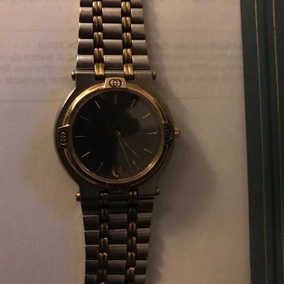 0b73bdfa9f0 Gucci Jewelry - Authentic Gucci Watch