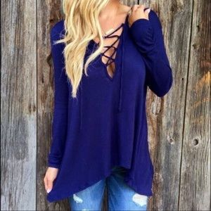 Tops - Blue hooded shirt