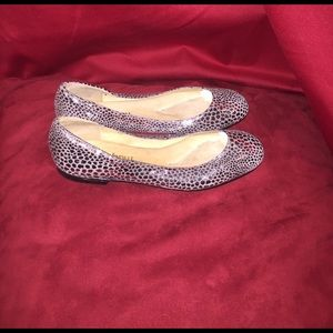 magdesians Other - Magdesians silver metallic leather flat shoe