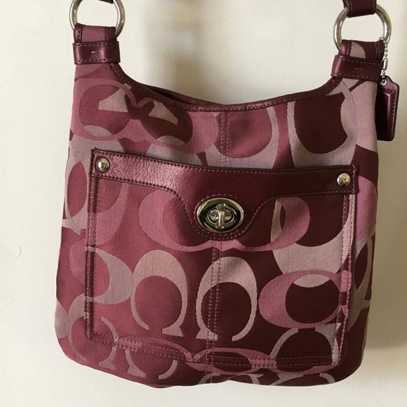 4276b6c3635a Coach Handbags - 💕SALE-PRICE FIRM💕 Coach Penelope crossbody. EUC
