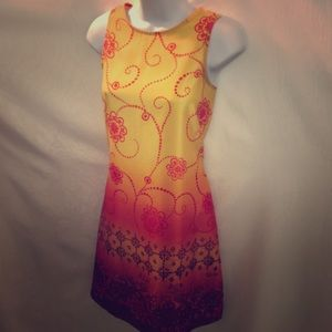 CALIFORNIA CONCEPTS Floral Swirl 🌞 Dress To Knee
