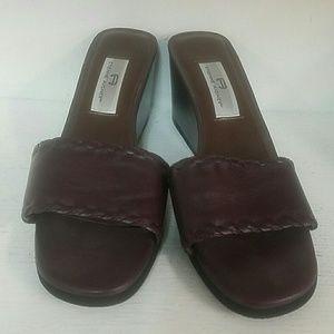 Etienne Aigner sandals. Size 10m.
