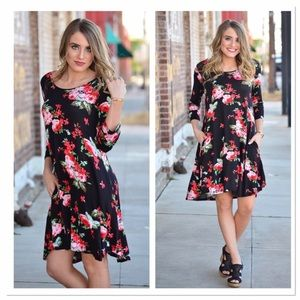 Infinity Raine Dresses & Skirts - Black Floral 3/4 Sleeve Tunic Dress with Pockets