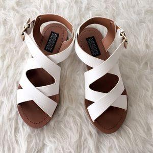 Deena & Ozzy Shoes - White Deena & Ozzy SZ 7 Sandals