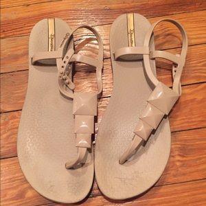 Ipanema Shoes - Ipanema Pyramid Studded Rubber sandals!