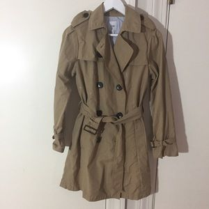 💐FINAL SALE💐GAP Classic Trench Coat Size S $90