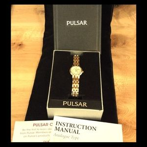 Pulsar Accessories - Pulsar bracelet watch NWT