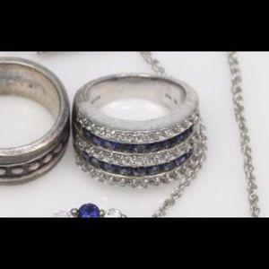 Jewelry - ladies ring