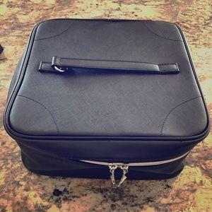 Lancome Handbags - 🆕 Lancôme makeup bag 💄