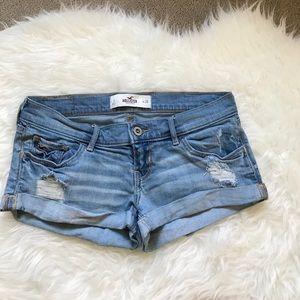 Hollister Pants - Hollister Short Size 3