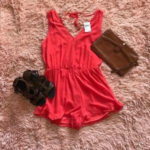 ASTR Other - NWT ASTR Coral Sleeveless Romper