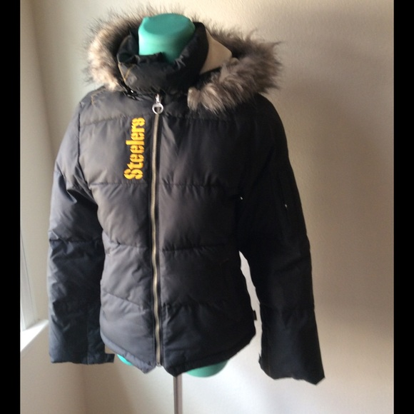 buy popular f2667 54cbf Steelers puffy jacket