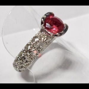 Jewelry - Ruby and white topaz