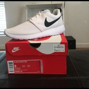 90308f23fb308 mneabs NEW Nike Roshe Sneakers on Poshmark