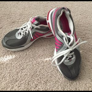 Champion Shoes - Champion duo dry O2 cell running shoes