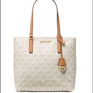 MICHAEL Michael Kors Handbags - MICHAEL KORS Morgan Medium Signature Coated Tote