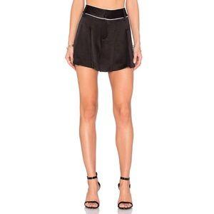 Alice + Olivia Dresses & Skirts - Alice + Olivia Selina Pleated Shorts in black