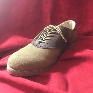 Eastland Shoes - EastLand two-tone sued oxfords ✨💥NEW💥✨
