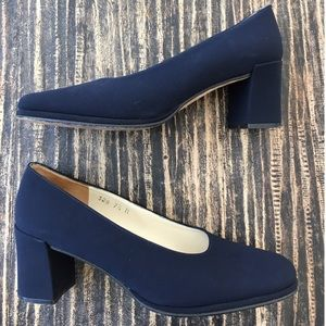 Evan Picone Shoes - 💜 Evan Picone Blue Fabric Pumps Size 7 1/2