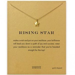 Jewelry - ⭐️ Rising Star Dainty Star Pendant Necklace