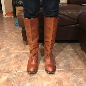 Steve Madden Shoes - 🔥SALE🔥 Steve Madden distressed riding boots