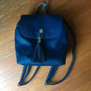 Tommy Hilfiger Handbags - NWT Tommy Hilfiger backpack💎