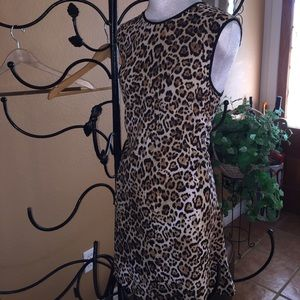 WAYF Dresses & Skirts - Leopard dress in stretch knit fabric.🛍