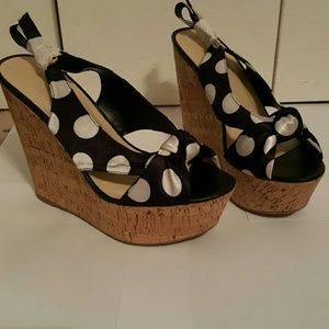Wild Diva Shoes - Black/White Platform Shoes