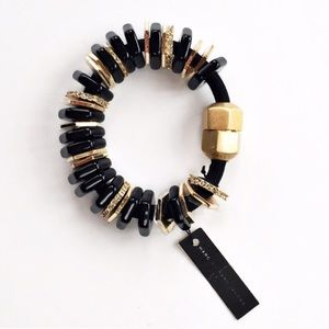 Marc by Marc Jacobs Jewelry - NWT Marc by Marc Jacobs chunky beaded bracelet