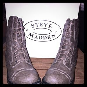 Steve Madden Youth Girls SZ 2 NEW in box!