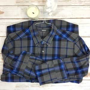 Kenneth Cole Other - Men's Kenneth Cole blue and grey plaid dress shirt