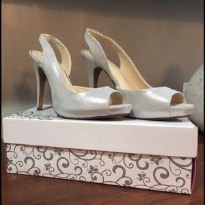 Lulu Townsend Shoes - A brand-new open toe 👠
