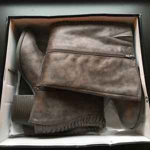 Fergalicious Shoes - 💥FLASH SALE💥Lundry Taupe Tall Boots
