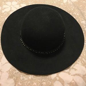 BCBG Hat! -never worn!