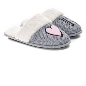 Victoria's Secret Shoes - 🌹 HP 🆕 Victoria's Secret Embroidery Slipper XL