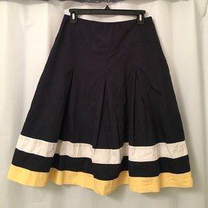 Joules Dresses & Skirts - Joules full navy skirt, size 6