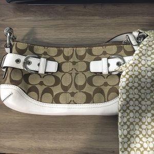 Coach Handbags - Tan Coach bag