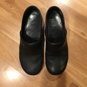 Dansko Shoes - Dansko black leather size 41/11