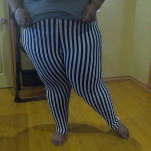 Domino Dollhouse Pants - Striped leggings