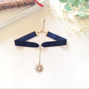 boutique Jewelry - Black ribbon choker necklace star pendent.