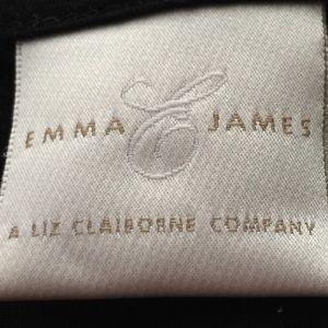 Emma James Tops - Emma James Sleeveless Tee Size Medium
