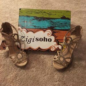 Zigi Soho Shoes - BNWT Zigisoho Nude Studded Heels