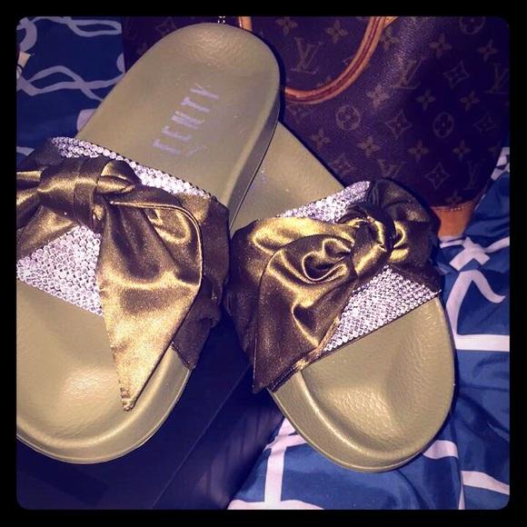 huge discount 48857 7a129 Custom Rihanna Fenty Bow Slides