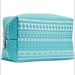 Essie Handbags - Makeup or Nail Polish Pouch
