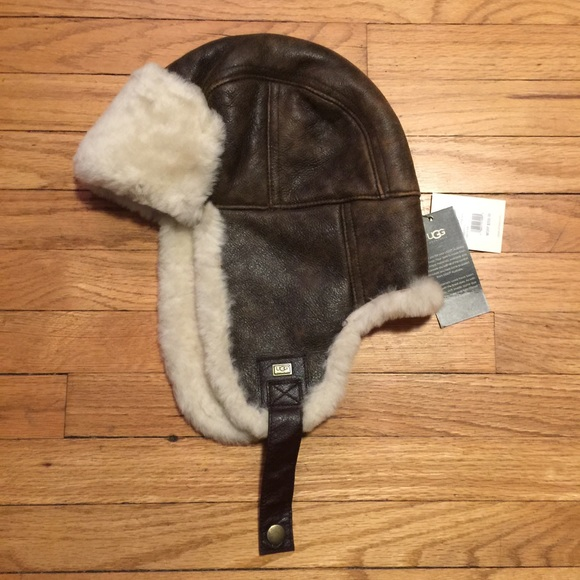 02116a3bc143b NWT UGG men s brown Stoneman Trapper hat - S M