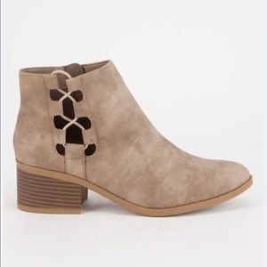 Shoes - Taupe Side Bungee Booties