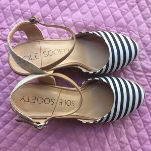 Sole Society Shoes - New Sole Society striped Wedge
