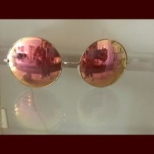 Quay sunglasses- brand new