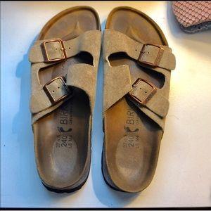 Birkenstock Shoes - Tan Birkenstocks