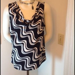 Notations Tops - BLACK AND WHITE TOP